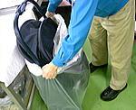 梱包、出荷作業
